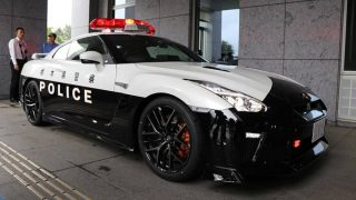 nissan-gt-r-police-car-in-japan